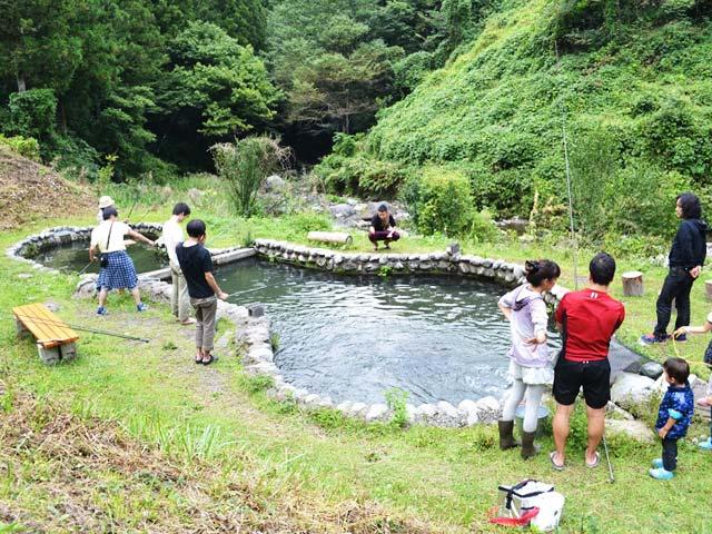 トラウトファーム秋川画像