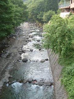 上野原市営マス釣場画像