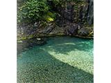 奥秩父源流中津川釣り場渓流俯瞰写真