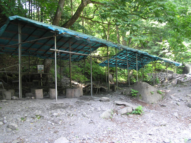 日原渓流釣り場BBQスペース写真