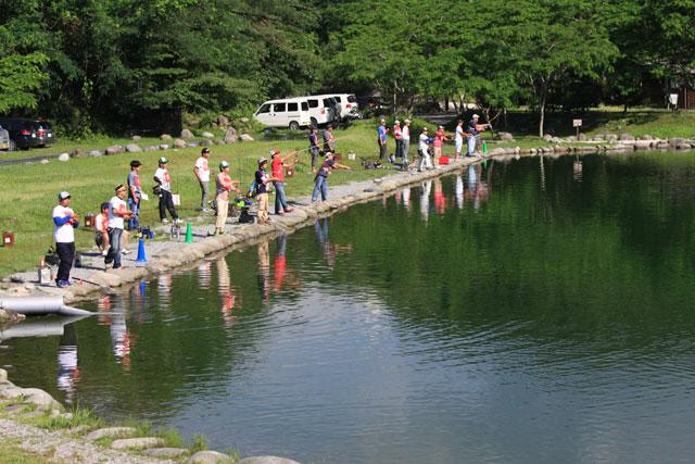 大芦川F&Cフィールドビレッジ初夏・駐車場側写真